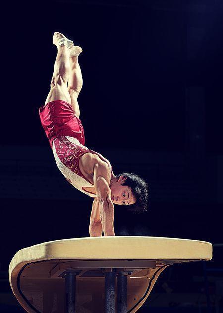 跳馬の大技に体操競技部 米倉選手の名前「ヨネクラ」と命名 ...